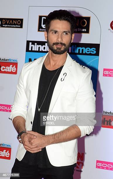 Indian Bollywood actor Shahid Kapoor poses as he attends the HT Mumbai's Most Stylish Awards 2015 ceremony in Mumbai late March 26 2015 AFP PHOTO/STR