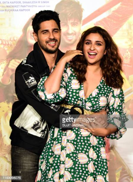 Indian Bollywood actor Sidharth Malhotra and actress Parineeti Chopra attend the trailer launch of the upcoming romantic comedy Hindi film 'Jabariya...