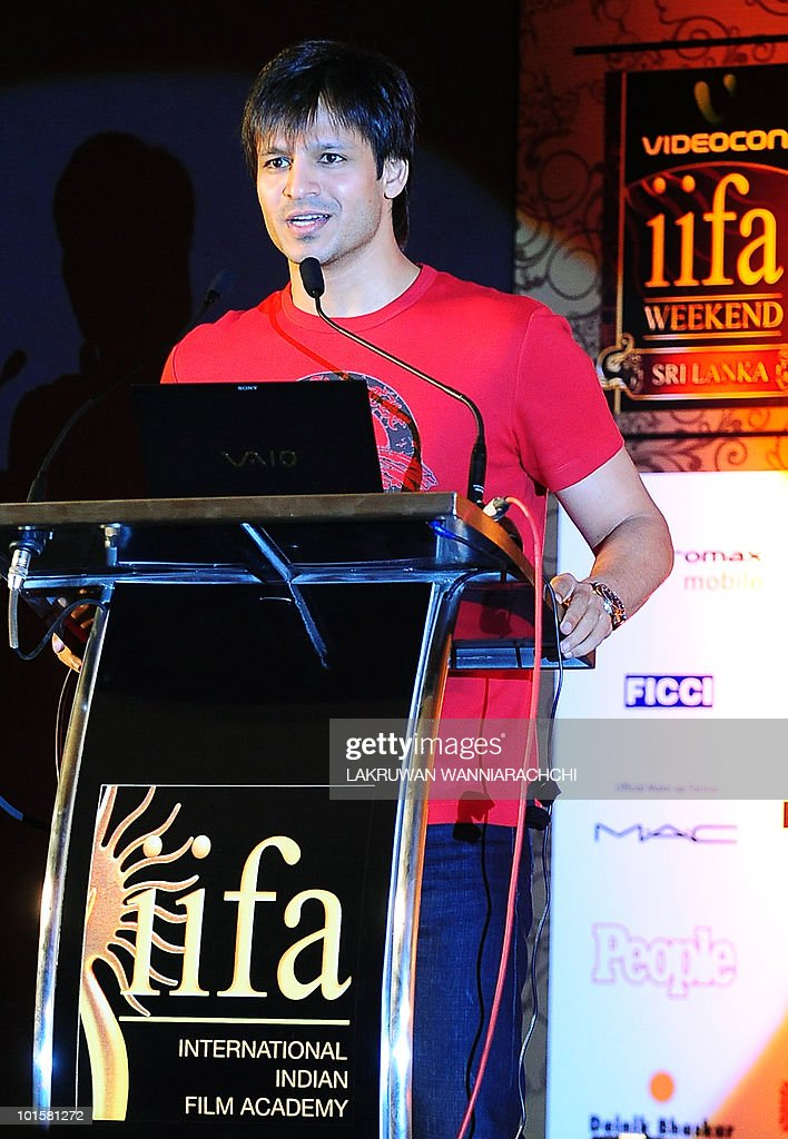Indian Bollywood actor Vivek Oberoi speaks at a news conference for the International Indian Film Academy (IIFA) awards in Colombo on June 3, 2010. Bollywood actors are in Sri Lanka to attend the three-day International Indian Film Academy (IIFA) awards that begins in Colombo on Thursday. AFP PHOTO/ Lakruwan WANNIARACHCHI.