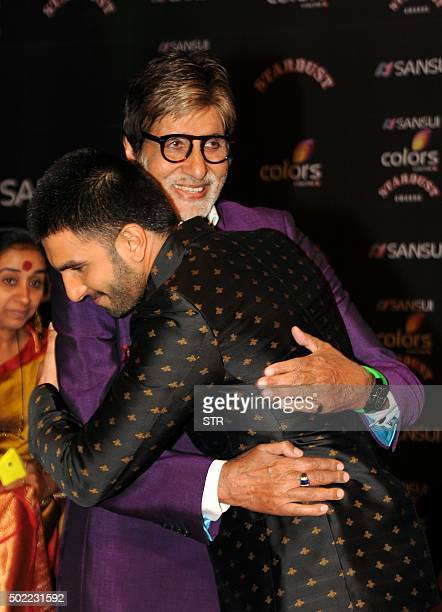 Indian Bollywood actors Amitabh Bachchan and Ranveer Singh attend the Stardust Awards 2015 ceremony in Mumbai on December 21 2015 Amitabh Bachchan...