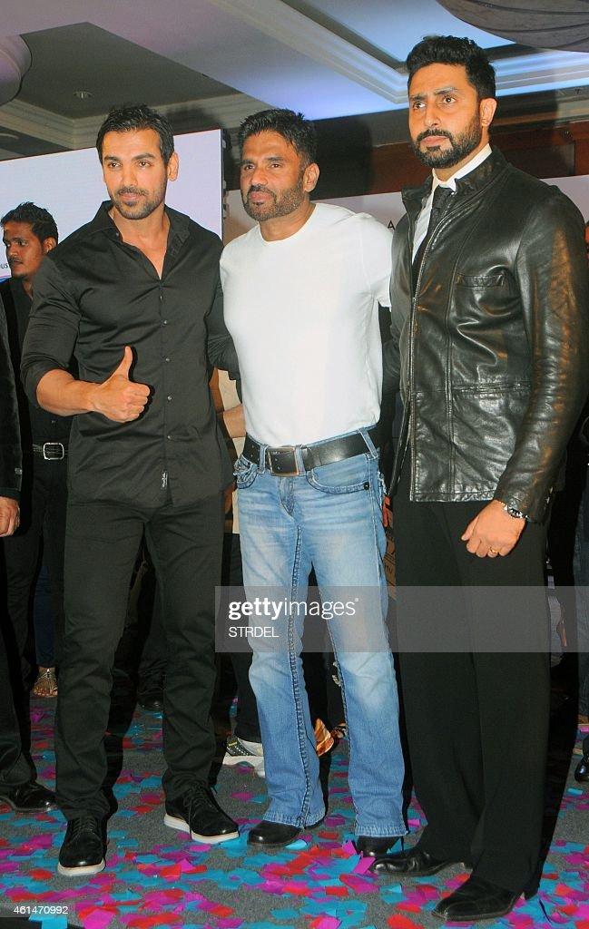 Indian Bollywood actors (L-R) John Abraham, Suniel Shetty and Abhishek Bachchan attend the mahurat (auspiciuous inauguration) of the forthcoming comedy Hindi film 'Hera Pheri 3' in Mumbai on January 12, 2015.