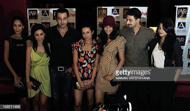 Indian Bollywood actors Lisa Haydon Amrita Puri Cyrus Sahukar Ira Dubey Sonam Kapoor Arunoday Singh and producer Rhea Kapoor attend a promotional...