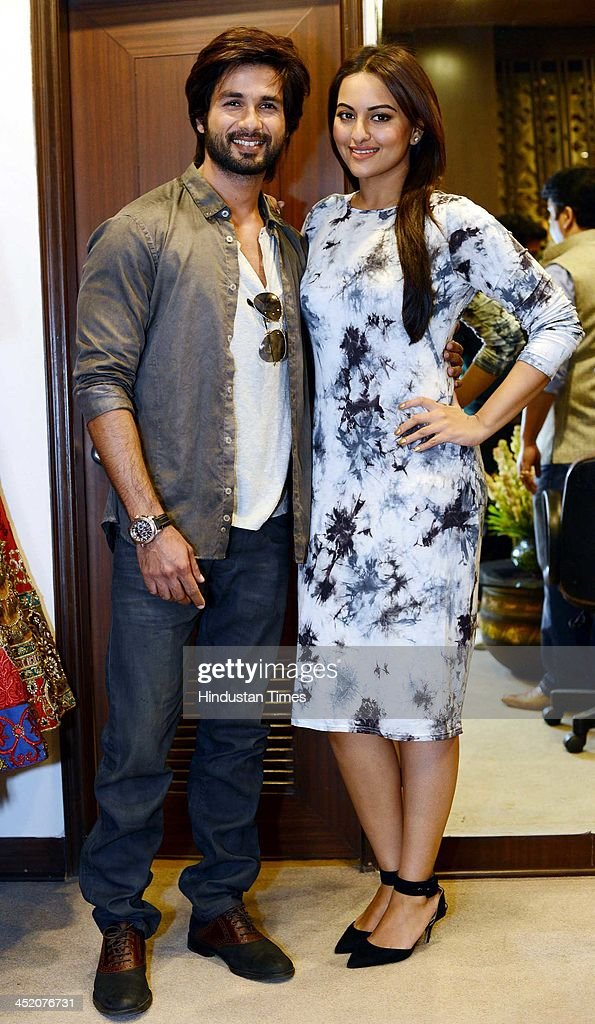 Indian Bollywood actors Shahid Kapoor and Sonakshi Sinha during an exclusive interview for the promotion of upcoming movie R Rajkumar on November 23..