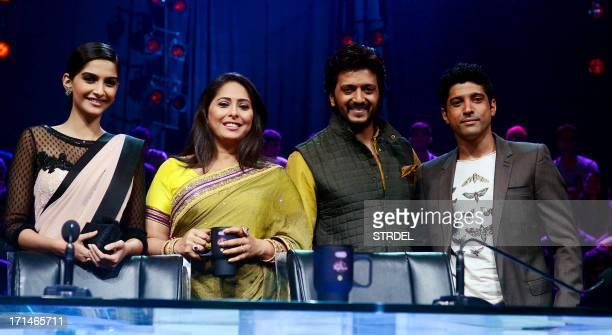 Indian Bollywood actors Sonam Kapoor Farhan Akhtar judge Geeta Kapoor and Riteish Deshmukh pose for a photo during the promotion of the upcoming...