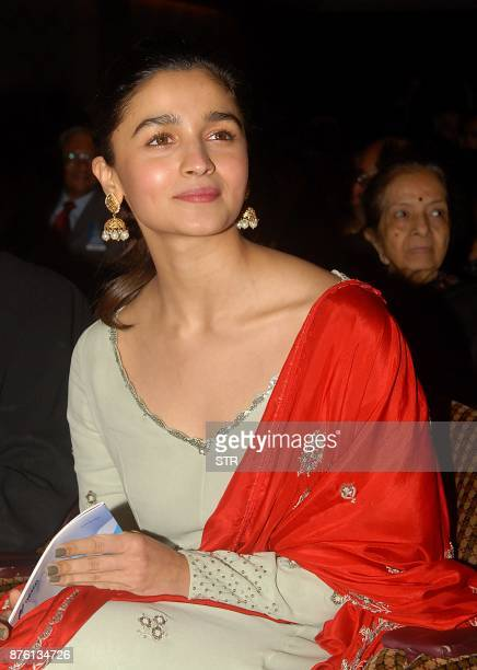 Indian Bollywood actress Alia Bhatt attends a live concert by maestro Shankar Mahadevan organized to create awareness about the importance of organ...