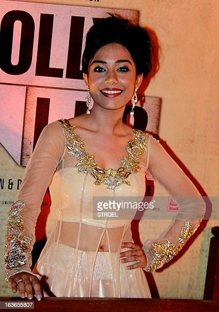 Indian Bollywood actress Amrita Rao attends the premiere of Hindi Film 'Jolly LLB' in Mumbai on March 13 2013 AFP PHOTO