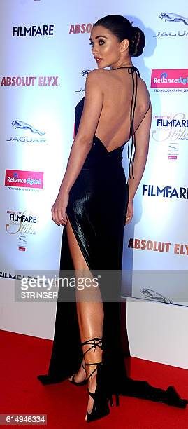 Indian Bollywood actress Amy Jackson attends the 'Filmfare Glamour and Style Awards 2016' in Mumbai on October 15 2016 / AFP / STRINGER