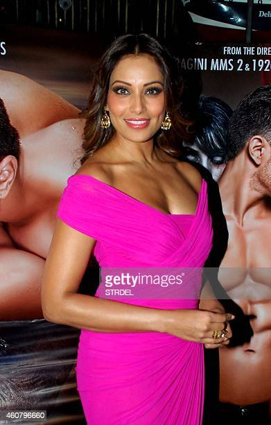 Indian Bollywood actress Bipasha Basu poses during a promotional event for the horror Hindi film 'Alone' in Mumbai on December 22, 2014. AFP PHOTO/STR