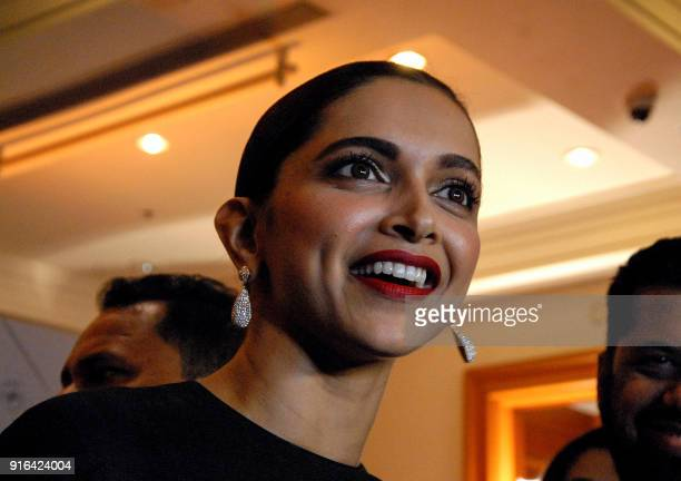 Indian Bollywood actress Deepika Padukone attended the Volare Awards by Consulate General of Italy in Mumbai on February 9 2018 / AFP PHOTO /