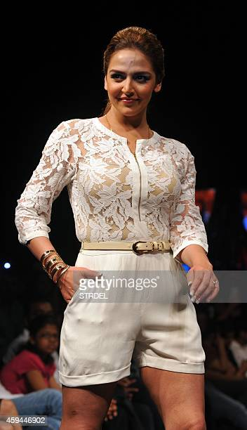 Indian Bollywood actress Esha Deol showcases a creation during Madame Style Week 2014 in Mumbai on November 22 2014 AFP PHOTO/STR