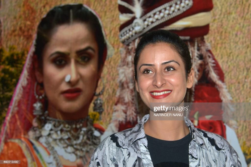 Indian Bollywood actress Jaspinder Cheema poses at a promotional event for the forthcoming film `Ek Anokhi Dulhan Saavi` in Amritsar on June 4 2017 /.