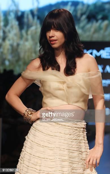 Indian Bollywood actress Kalki Koechlin showcases a creation by designer Amoh by Jade at the Lakmé Fashion Week Summer Resort 2018 in Mumbai on...
