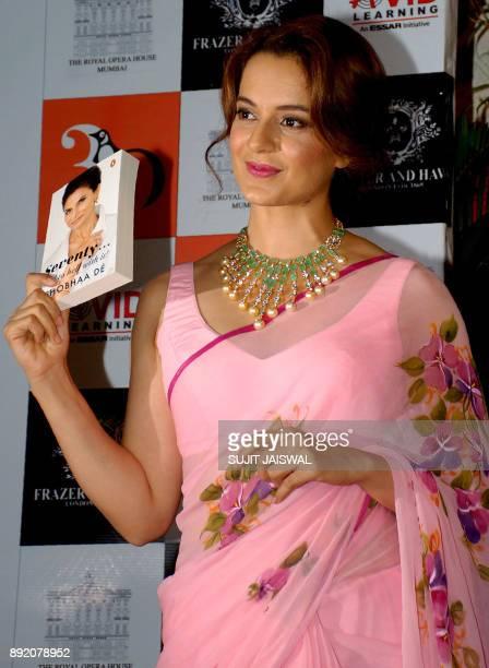 Indian Bollywood actress Kangana Ranaut poses for a photograph during a promotional event in Mumbai on December 13 2017 / AFP PHOTO / Sujit Jaiswal