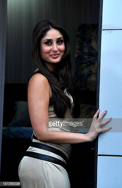 "Indian Bollywood actress Kareena Kapoor poses on the set of a television show during the promotion of the forthcoming Hindi film ""Dabbang 2"" in..."
