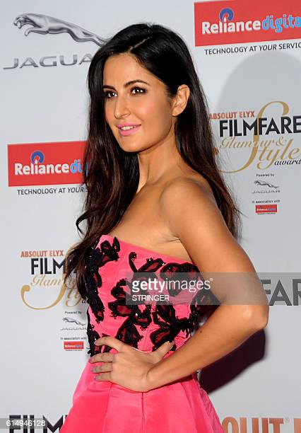 Indian Bollywood actress Katrina Kaif attends the 'Filmfare Glamour and Style Awards 2016' in Mumbai on October 15 2016 / AFP / STRINGER