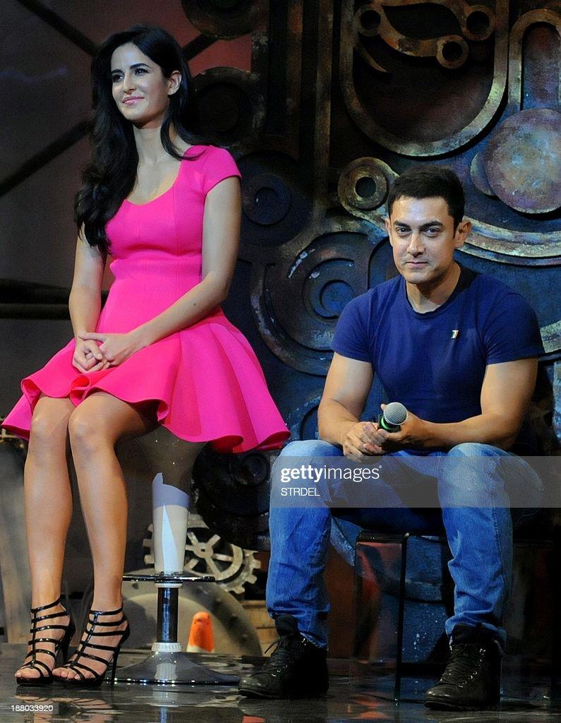 indian bollywood actress katrina kaif (l) poses with actor aamir