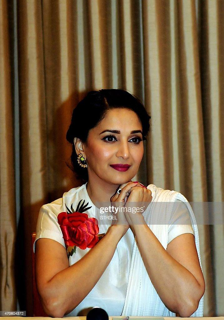 Brunette MILF von Bollywood Indien