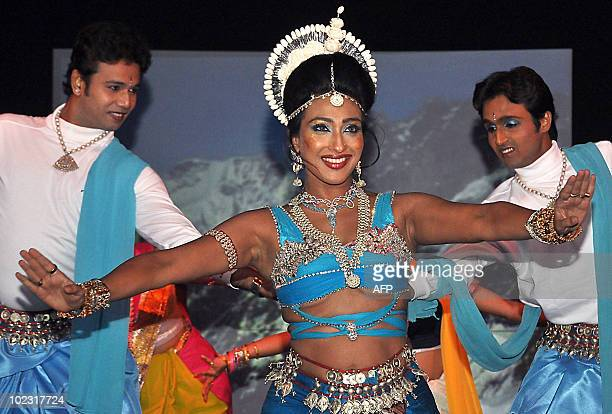 Indian bollywood actress Rituparna Sengupta performs during an event celebrating the 150th anniversary of Kabiguru Rabindranath Tagore in Mumbai on...