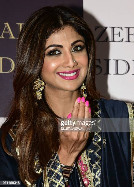 Indian Bollywood actress Shilpa Shetty attends the politician Baba Siddiques Annual Iftar party in Mumbai on June 10 2018