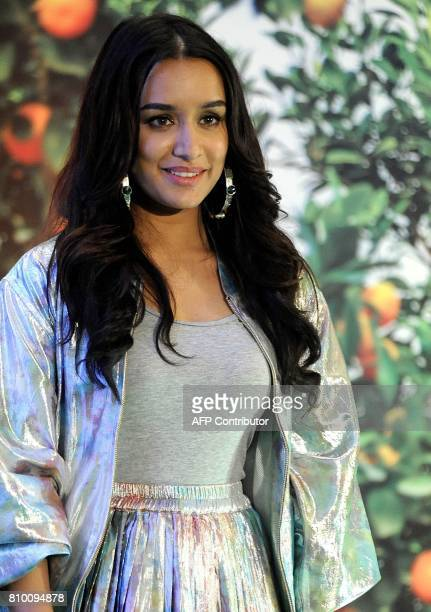 Indian Bollywood actress Shraddha Kapoor poses during a promotional event for beauty products in Mumbai on July 7 2017 / AFP PHOTO / STR