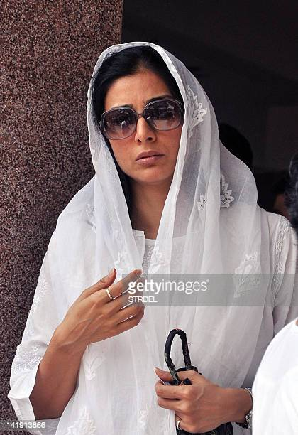 Indian Bollywood actress Tabu attends the funeral of producer Mona Kapoor in Mumbai on March 26 2012 AFP PHOTO/STR