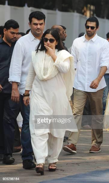 Indian Bollywood actress Vidya Balan attends with husband Siddharth Roy Kapur and actor Aditya Roy Kapur the funeral of legendary late Bollywood...