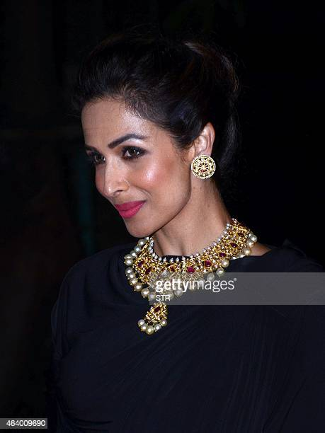 Indian Bollywood film actress Malaika Arora Khan attends the 'The Artisan Jewellery Awards 2014' ceremony in Mumbai on February 20 2015 AFP PHOTO