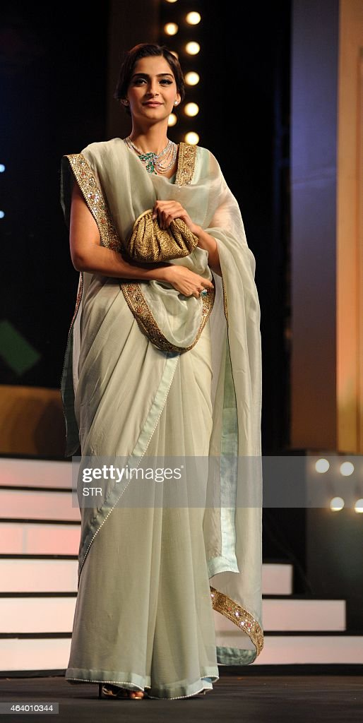 Indian Bollywood film actress Sonam Kapoor as Gem Jewellery Export Promotion Council (GJEPC) brand Ambassador attends the 'The Artisan Jewellery Awards 2014' ceremony in Mumbai on February 20, 2015.