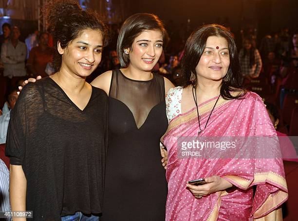 Indian Bollywood personalities producer Gauri Shinde actress Akshara Haasan and her mother and actress Sarika Haasan pose during the trailer launch...