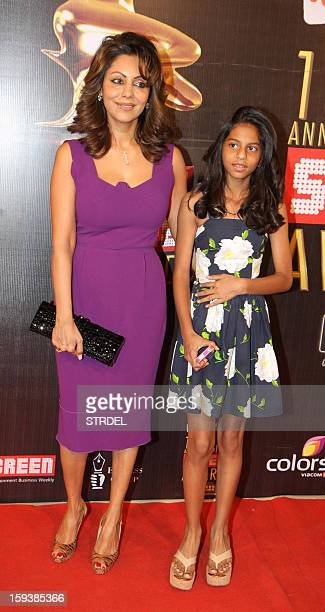 Indian Bollywood personality Gauri Khan with daughter Suhana during the 19th annual Colors Screen Awards in Mumbai on January 12 2013 AFP PHOTO