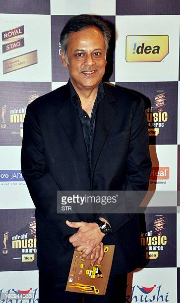 Indian Bollywood play back Singer Shailendra Singh poses for a photo as he attends the 5th Mirchi awards in Mumbai on February 7 2013 AFP PHOTO/ STR