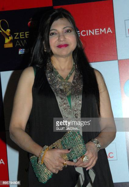 Indian Bollywood playback singer Alka Yagnik attends the 'Zee Cine Awards 2018' ceremony in Mumbai on December 19 2017 / AFP PHOTO / Sujit Jaiswal