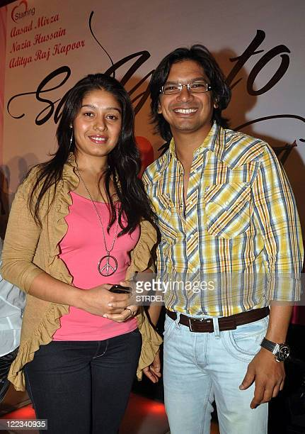 Indian Bollywood playback singers Sunidhi Chauhan and Shaan pose during the music launch ceremony for the forthcoming Hindi film 'Say yes to Love' in...