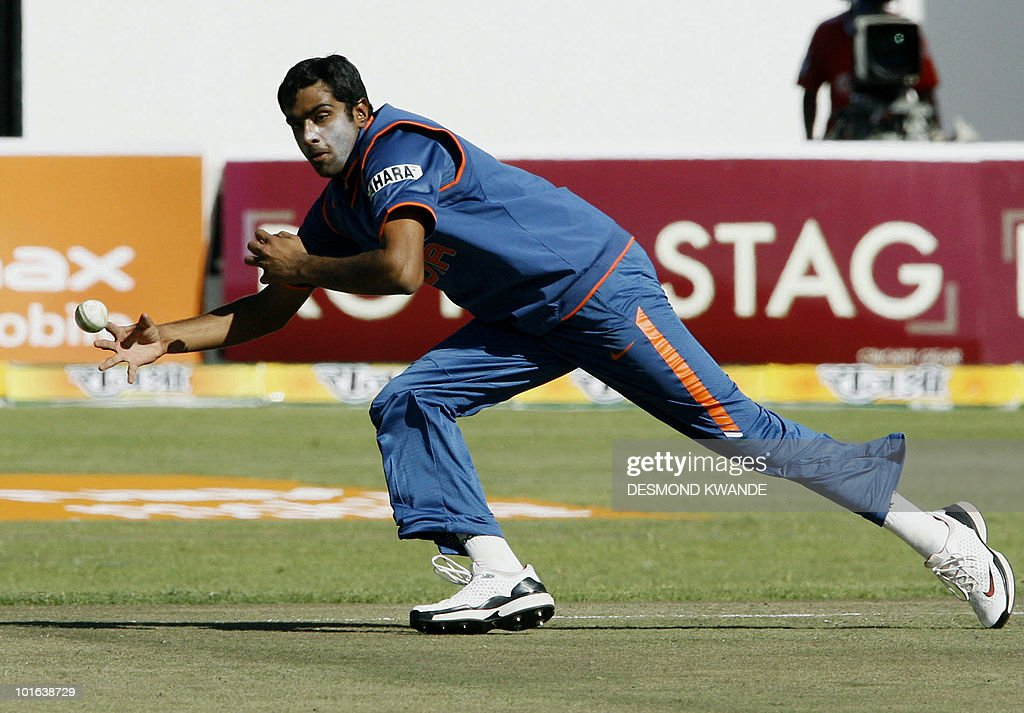 Indian bowler Ravichandran Ashwin makes a dive for the ball at Harare Sports Club on June 5, 2010 in the fifth match of the Micromax Cup Triangular One-Day series which is being hosted by Zimbabwe. AFP PHOTO / Desmond Kwande