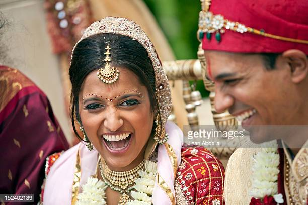 indian bride and groom in traditional clothing - punjab india stock pictures, royalty-free photos & images