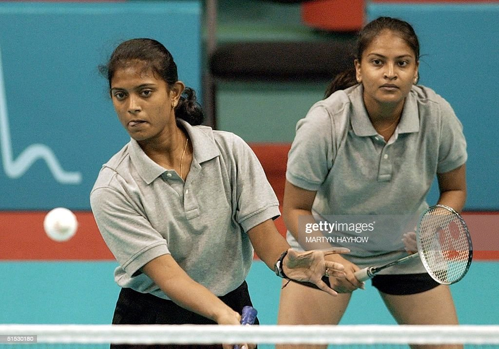 Indian Cha Deepti (L) serves as her doubles' partn : News Photo