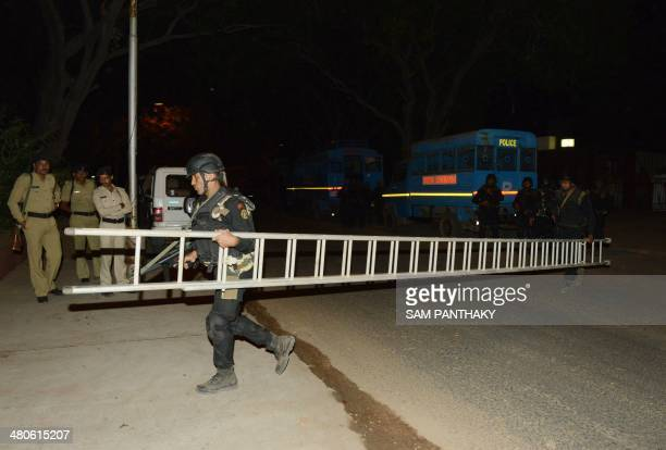 Indian Chetak Commandos from the state of Gujarat take part in a security drill at the start of three days of drills at the Akshardham Temple in...