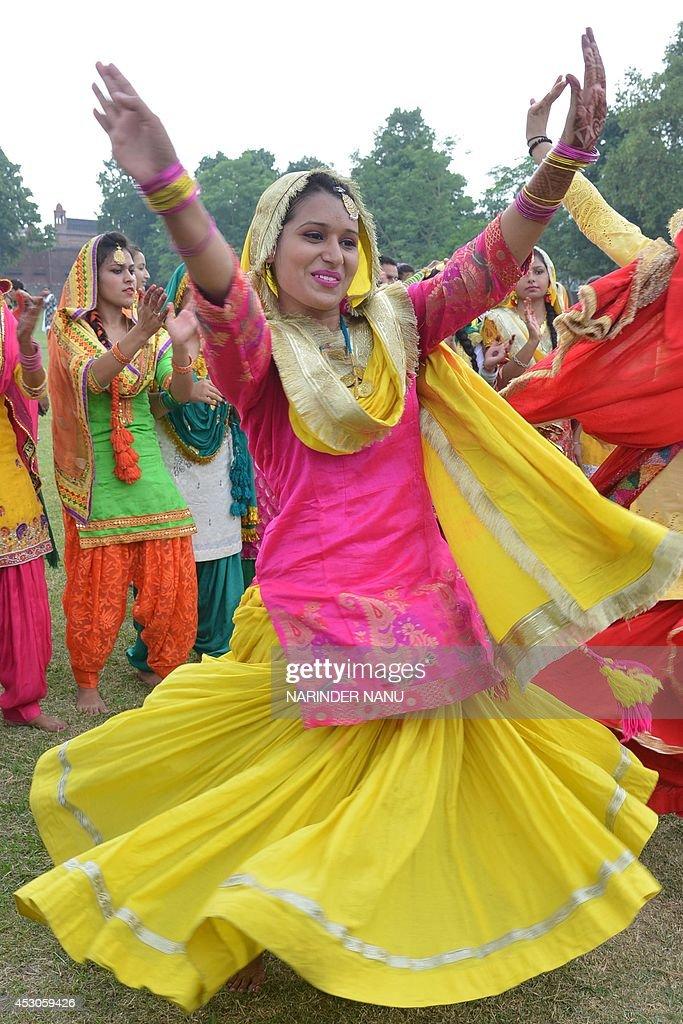 Indian College Girls Wear Traditional Punjabi Dress As -5866