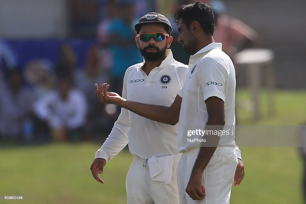 Sri Lanka v India - Cricket, Test Day 2 : News Photo
