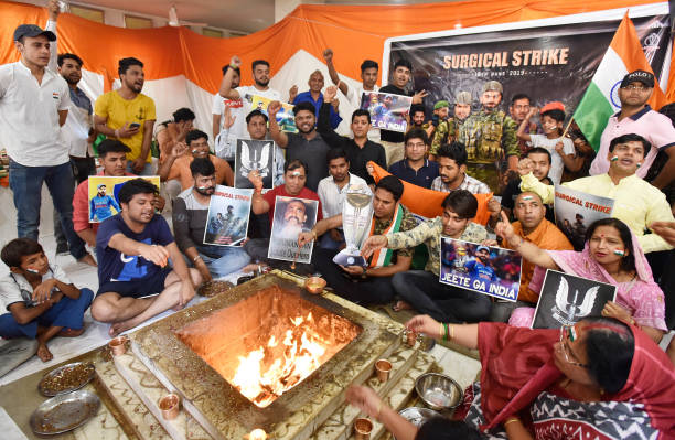 IND: Indian Cricket Fans Perform Havan For India's Win In Today's World Cup Cricket Match