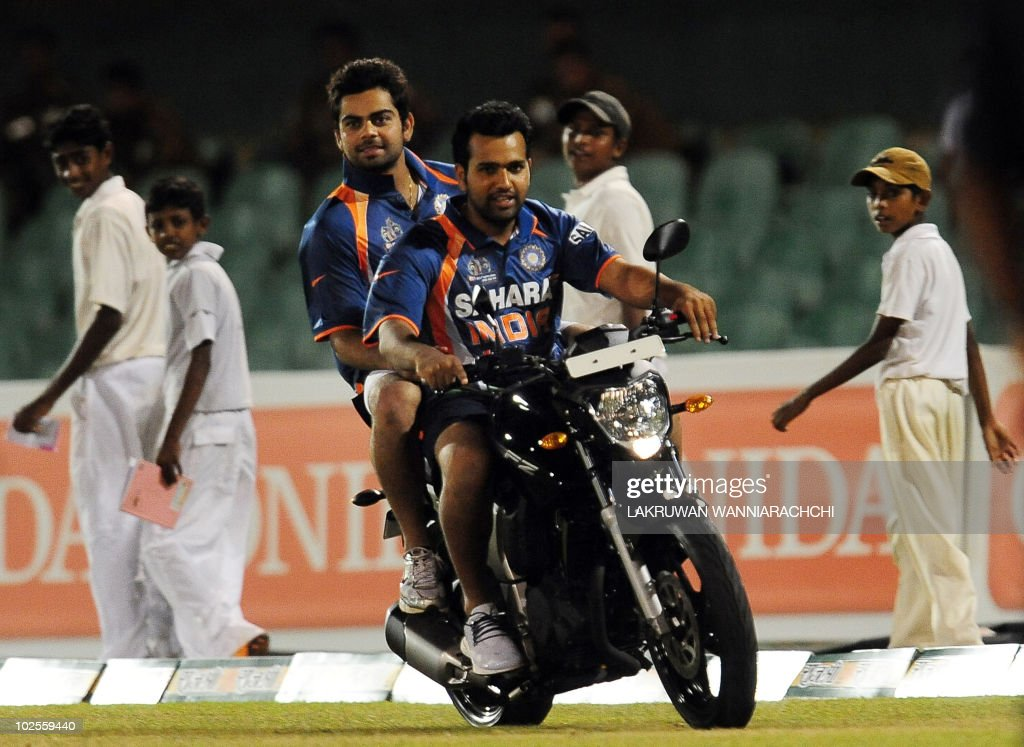 Indian cricketers Rohit Sharma and Virat : News Photo