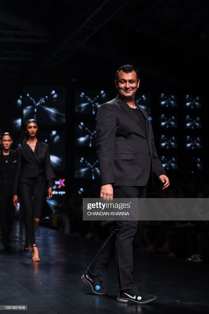 Indian Designer Ashish N Soni Walks The Ramp During The Lotus Make Up News Photo Getty Images