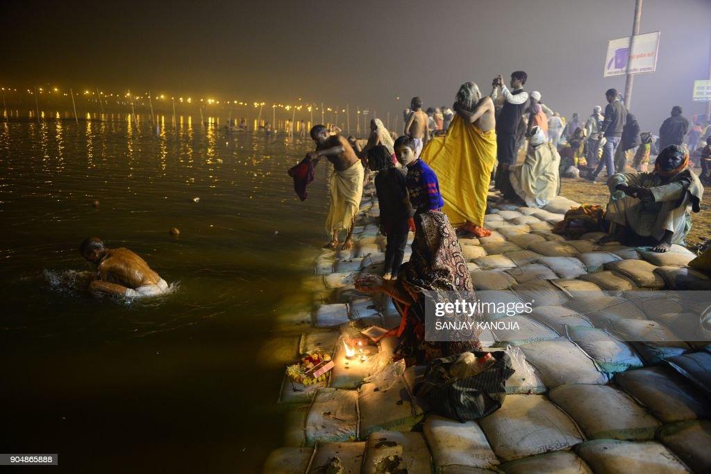INDIA-RELIGION-FESTIVAL : News Photo