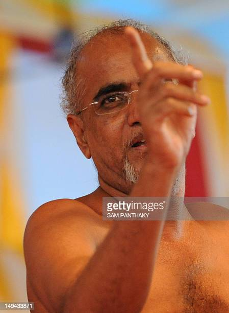 Indian Digambar Jain saint Munishree Tarunsagar Maharaj speaks during the launch of a huge replice of his book the 'Kadve Pravachan' in Ahmedabad on...