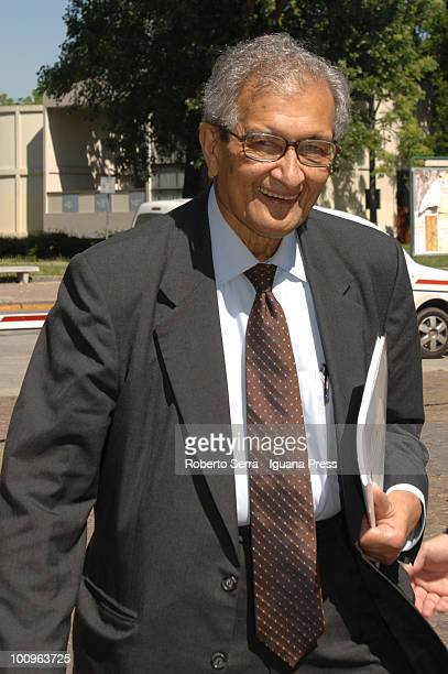 Indian economist Amartya Sen the Nobel Economics laureate in 1998 speaks a conference at the Commerce Chamber on May 25 2010 in Bologna Italy