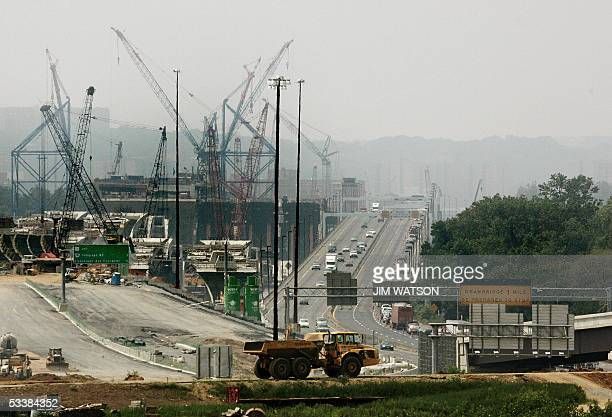 Indian Head, UNITED STATES: The vast construction of the new bridge is seen as travellers go from four to one lane during a two-hour, seven-mile...