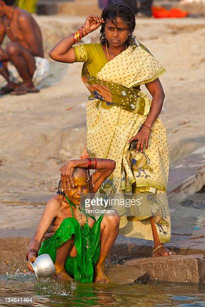 Worlds Best River Bathing Indian Women Stock Pictures -3163
