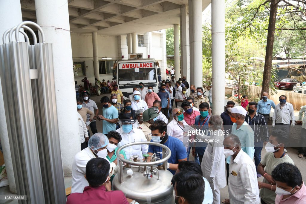 India: 22 COVID-19 patients die in hospital oxygen leak : News Photo