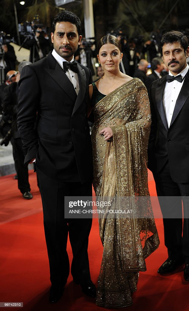 Indian model Aishwarya Rai and husband A : News Photo