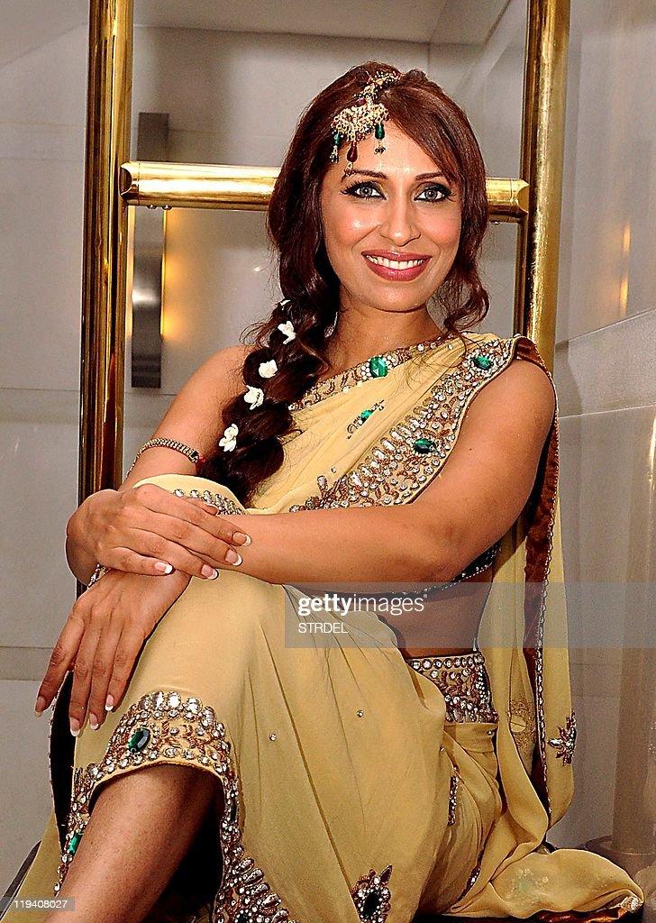 Bollywood Actress Photo Stills: Pooja Misrra VJ-Model